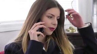 النيك مقابل العمل – نيك قوي في المكتب للحصول على الوظيفة فيديو ...